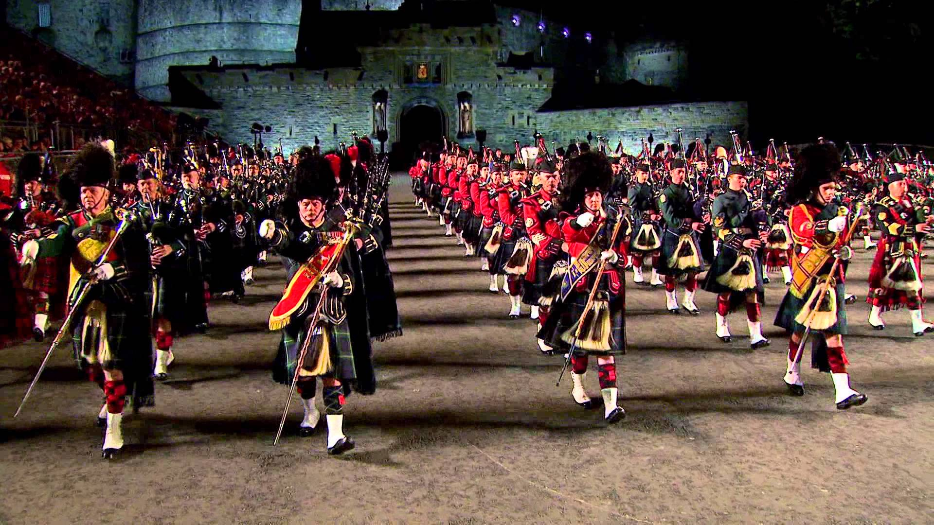 Scozia terra magica e fascino irresistibile dogma tours for Royal military tattoo